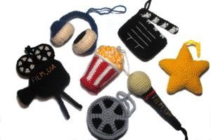 вязаные игрушки брелки сувениры